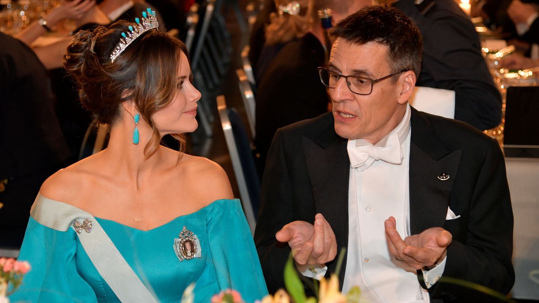 Sofía de Suecia, en la última gala de los Premios Nobel, con la tiara rematada por turquesas. (EFE)