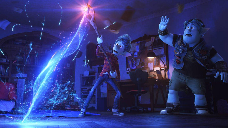 Ian y Barley invocan a su padre. (Disney)