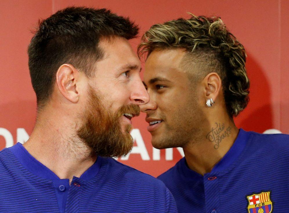 Foto: En la imagen, Neymar y Messi durante un acto promocional de este verano. (Reuters)