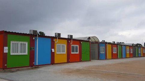 Puig y Oltra suspenden en barracones: 4.000 niños, en aulas prefabricadas