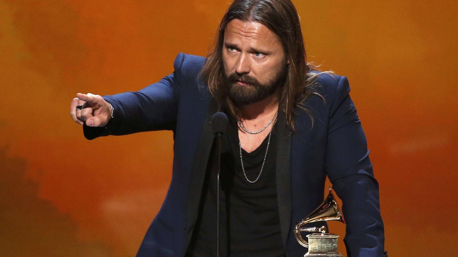 Foto: Max Martin recibiendo un premio al mejor productor del año (REUTERS)