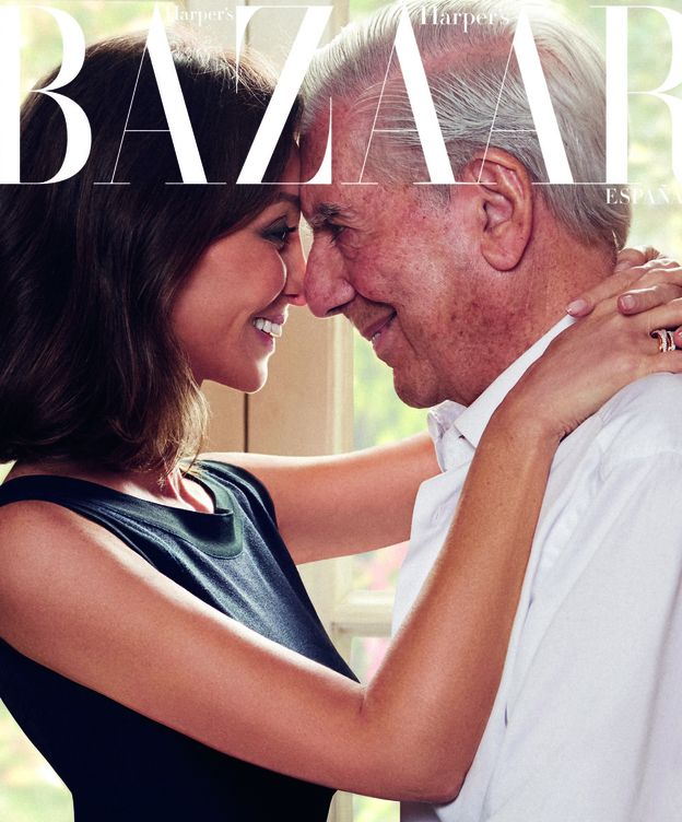 Foto: Preysler y Vargas Llosa en el reportaje. (Harper's Bazaar)