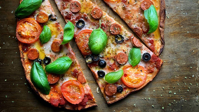 Adelgza con la dieta de la pizza. (LikeMeat para Unsplash)