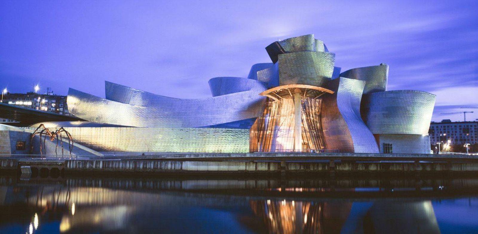 Foto: El museo Guggenheim a la orilla del Nervión es, sin duda, todo un símbolo de la ciudad (EC)