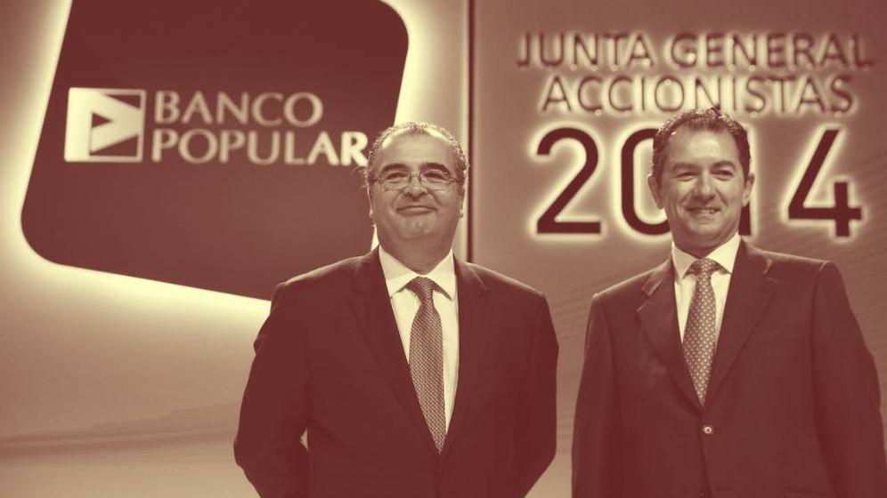 Foto: Ángel Ron y Francisco Gómez, expresidente y ex-CEO de Banco Popular, respectivamente. (EFE)