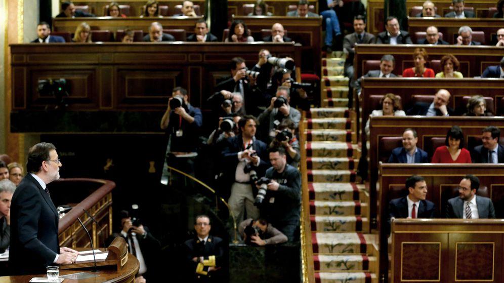 Foto: El presidente del Gobierno en funciones, Mariano Rajoy, el pasado 4 de marzo en el Congreso de los Diputados. (EFE)