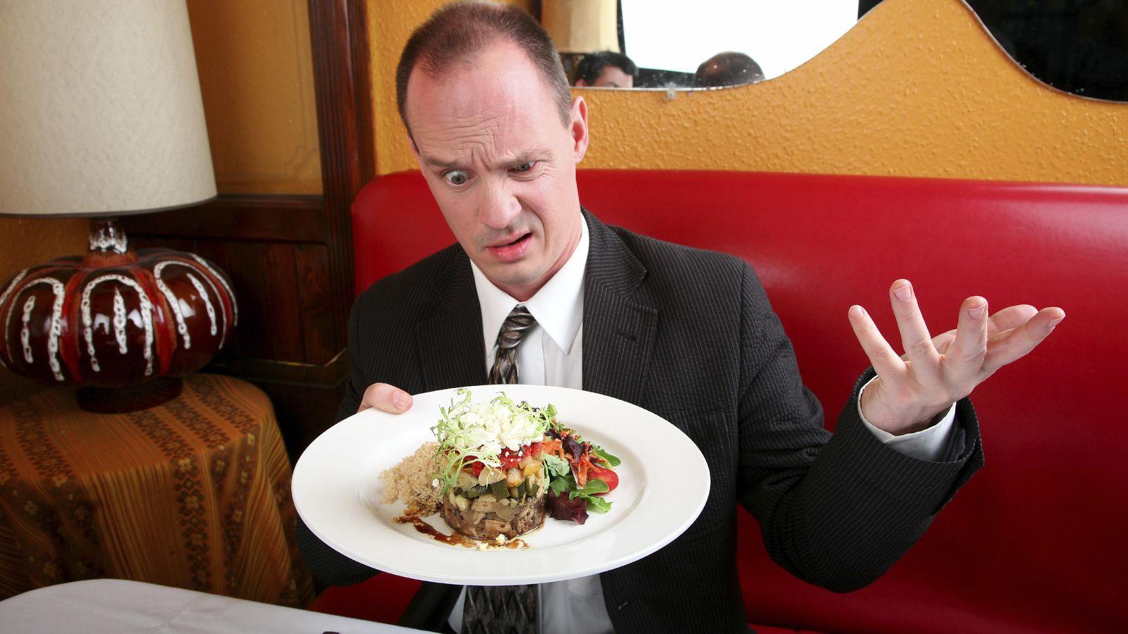 Foto: 'No, no, a mí me pone una tostada rancia, que quiero disfrutar del bouef bourguignon'. (iStock)