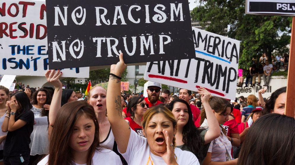 Foto: Manifestantes protestan contra Trump tras su elección a la presidencia de EEUU. (EFE)
