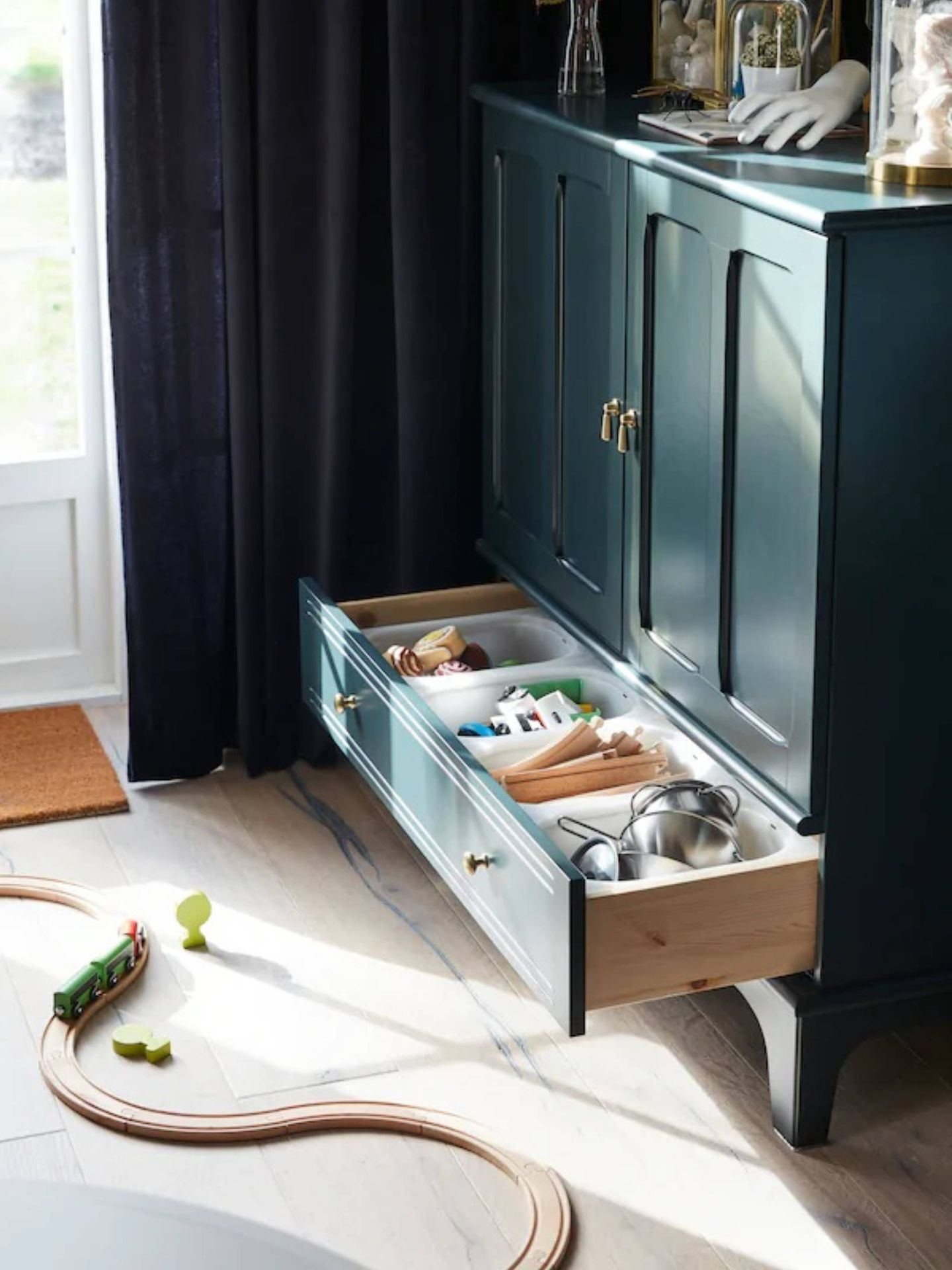 Cómoda de Ikea. (Cortesía)
