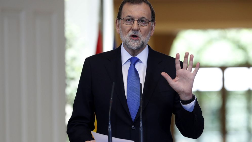 Foto: El presidente del Gobierno, Mariano Rajoy, durante su comparecencia hoy en Moncloa para hacer balance del curso político. (EFE)