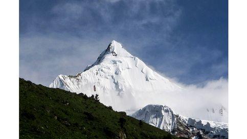 Las montañas más difíciles de escalar (y los misterios que las rodean)
