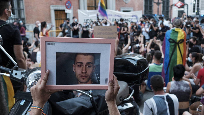 El joven gallego Samuel en una fotografía en la protesta. (S. B.)