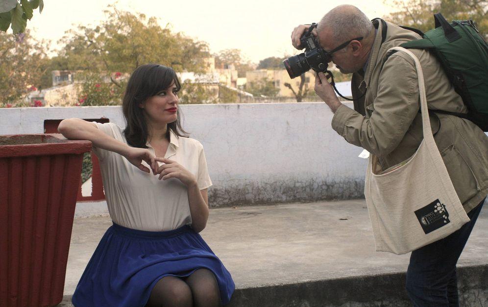 Foto: La escritora argentina Pola Oloixarac posa en un momento de la VII edición del Festival de Literatura de Jaipur, en el oeste de la India. (EFE)