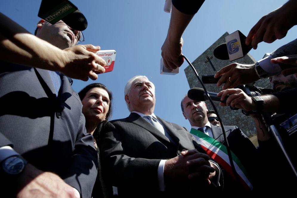 Foto: El secretario de Estado de EEUU, Rex Tillerson, durante una ceremonia en Santa Ana de Stazzema. (Reuters)