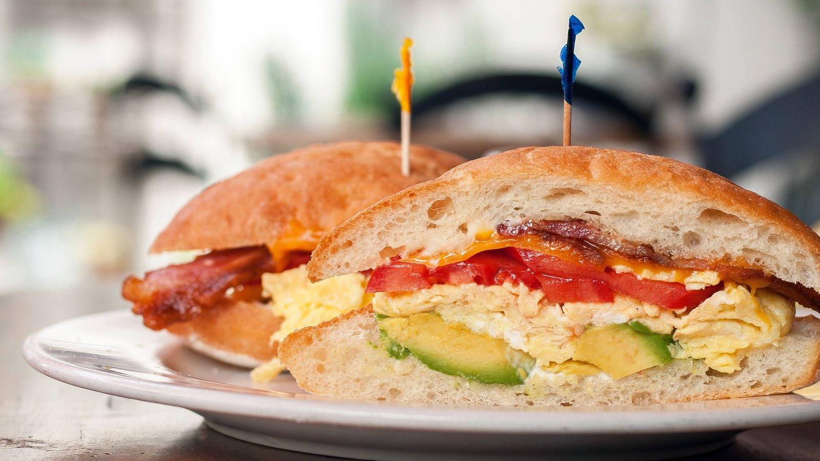 Foto: Prepara sandwiches como éste con las mejores sandwicheras (Foto: Pixabay)