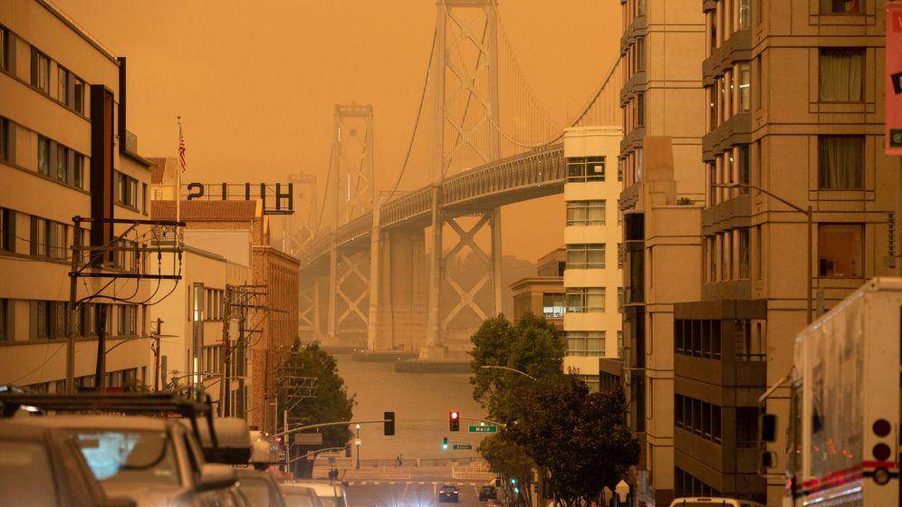Foto: El humo de los incendios en California tinta de naranja el cielo de San Francisco. (Reuters)