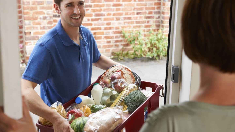 Cada supermercado tiene su política de envío. (iStock)