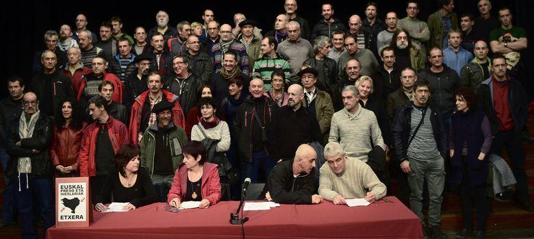 Foto: Foto del grupo del acto del Colectivo de Presos Políticos Vascos (Reuters)