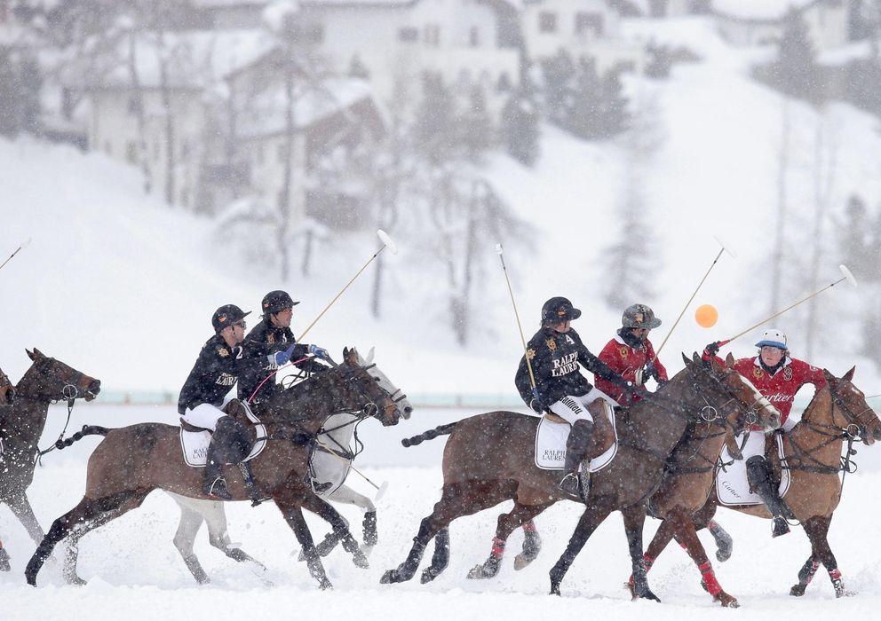 Foto: Imagen de un partido de snow polo (EFE)