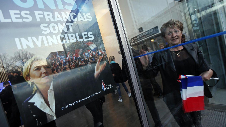 Una simpatizante del Frente Nacional tras un mitin en Marsella (Reuters).