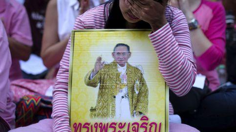 Mensaje a los españoles en Tailandia: hacer acopio de comida y no hablar del Rey