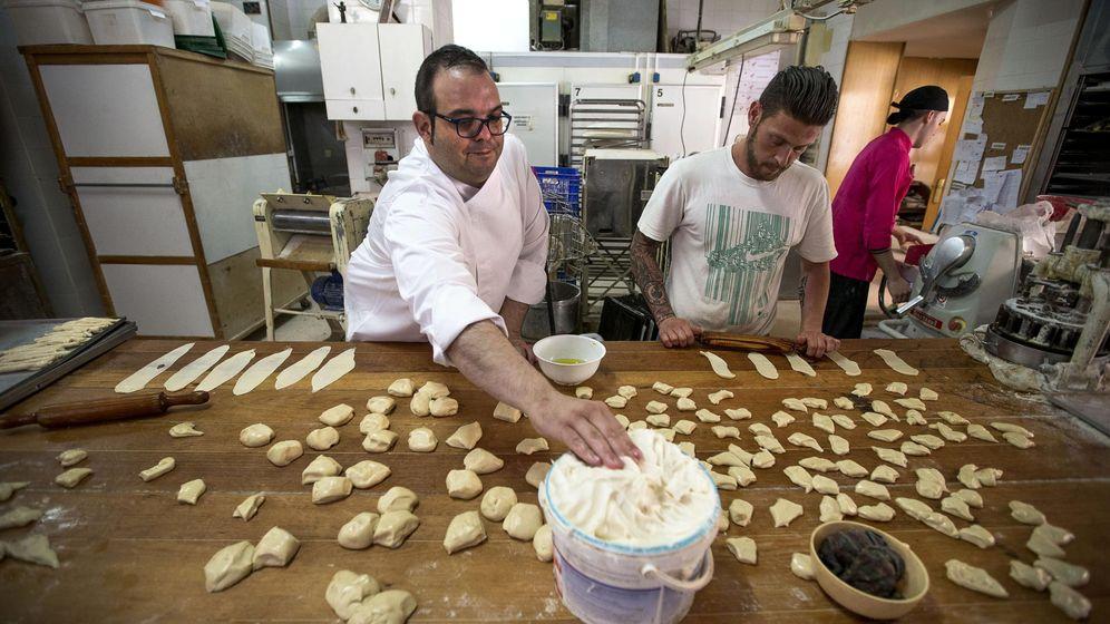 Foto: El panadero valenciano Paco Roig. (Efe)
