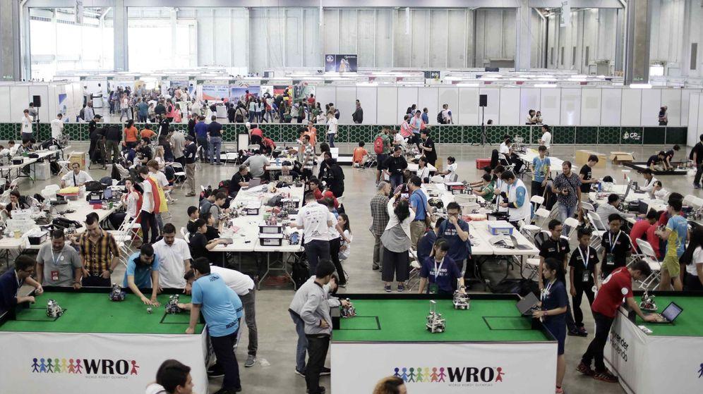 Foto: Estudiantes de diferentes nacionalidades participan en la Olimpiada Mundial de Robótica en Costa Rica. (EFE)