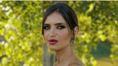 Sara Carbonero, la invitada de boda perfecta: el precio y la marca de su último look