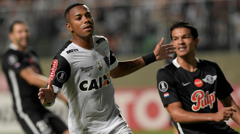 Robinho ahora defiende los colores del Atlético Mineiro. (Reuters)