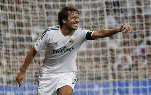Según le hablaba, mi discurso me parecía más idiota: Raúl nunca dudó de su juego