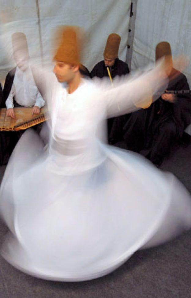 Foto: La danza sufí, giros místicos para conectar con Dios
