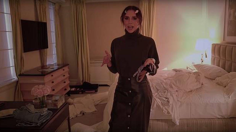 Victoria Beckham: ¿era necesario este vídeo tan escatológico para estrenarte en Youtube?