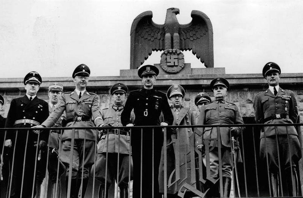 Foto: Serrano Suñer, con Himmler en Berlín.