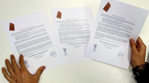 ETA se va sin pedir perdón, sin hacer autocrítica y sin colaborar con la Justicia