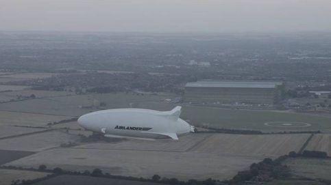 Airlander 10, el Moby Dick de los cielos, vuela por primera vez en Inglaterra
