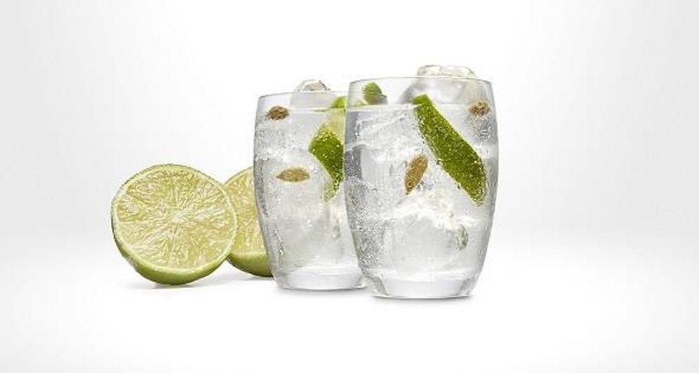 Foto: Dos medios gin-tonics.