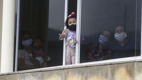 Un vecino salva la vida a un niño de dos años tras caer de un quinto piso en China