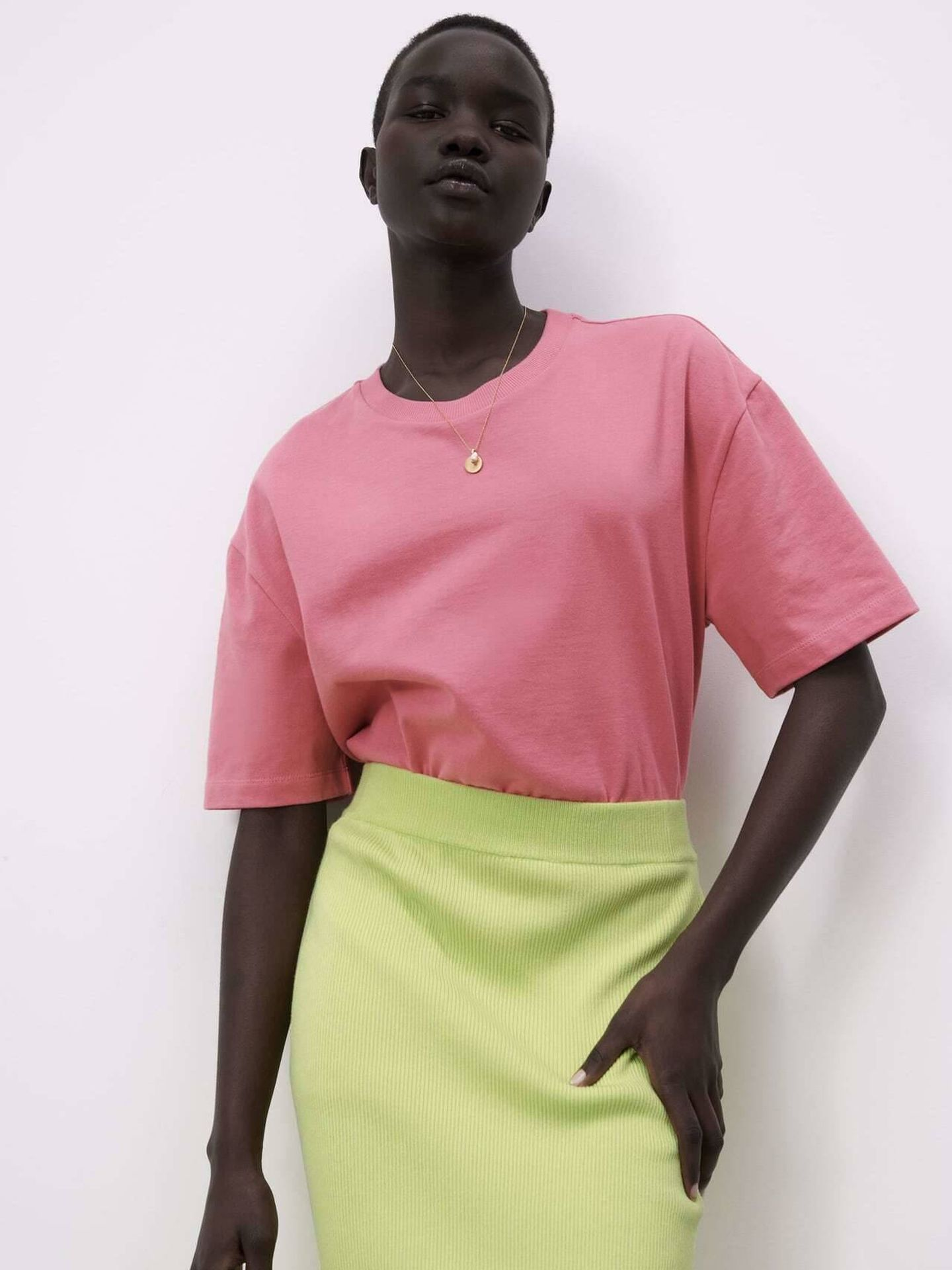 Una de las camisetas de Zara. (Cortesía)