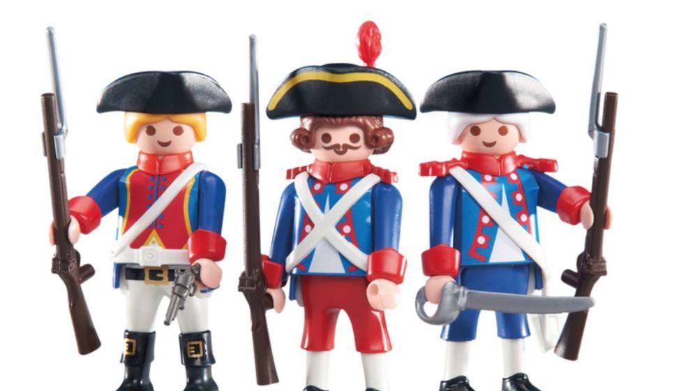 Foto: Tres muñecos de la gama de soldados que comercializa Playmobil.