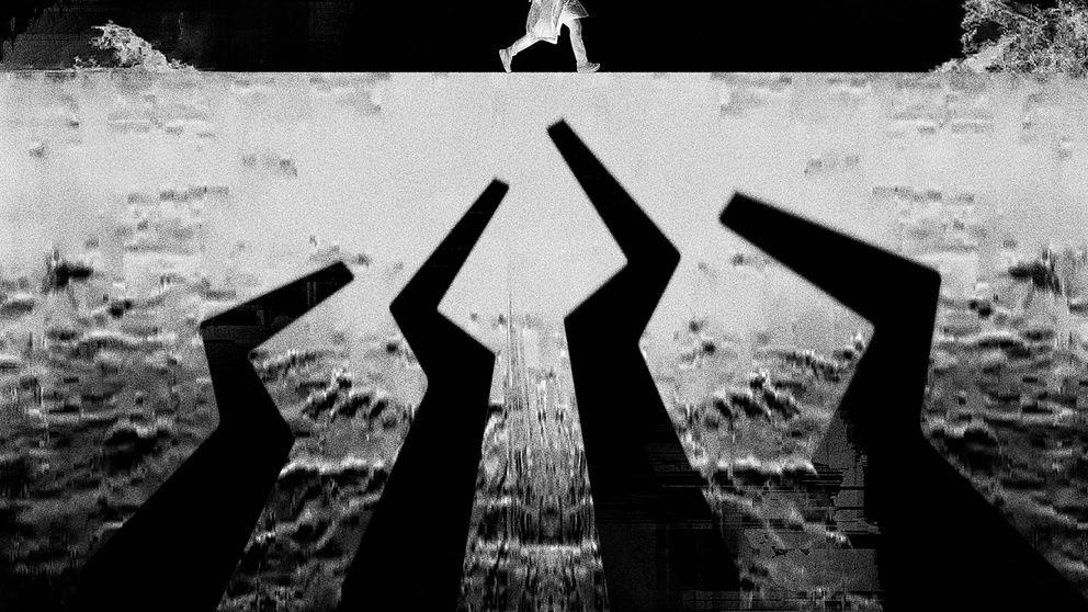 Cabeza de metal, primer episodio de 'Black Mirror' en blanco y negro