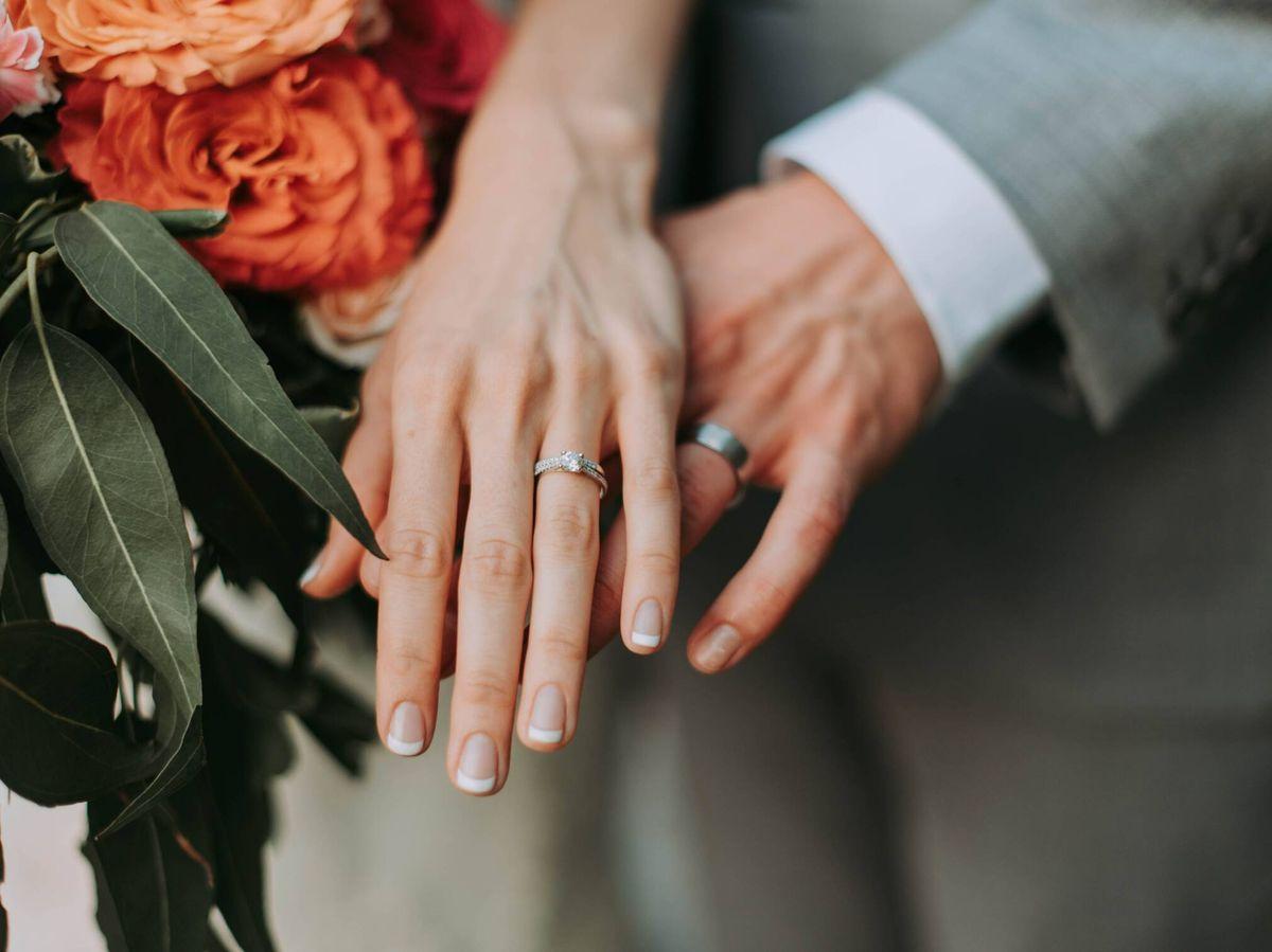 Foto: Ventajas de celebrar una boda un viernes. (Samantha Gades para Unsplash)