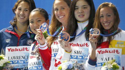 Jessica Vall da la sorpresa en el Mundial y se cuelga el bronce en los 200 braza
