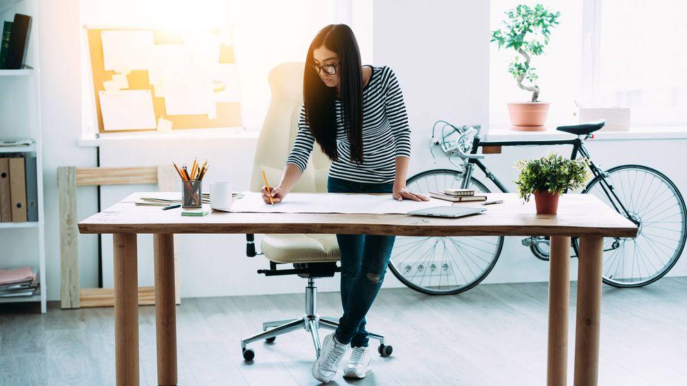 El truco para quemar calorías sin ejercicio (y mientras trabajas)
