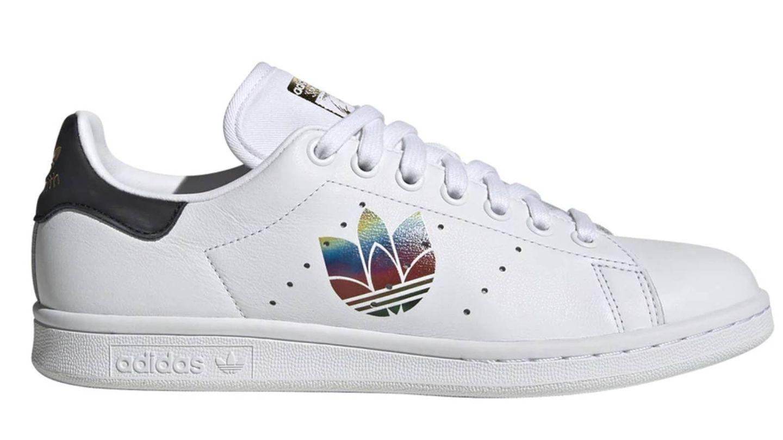 Zapatillas deportivas de Adidas con descuento en El Corte Inglés. (Cortesía)
