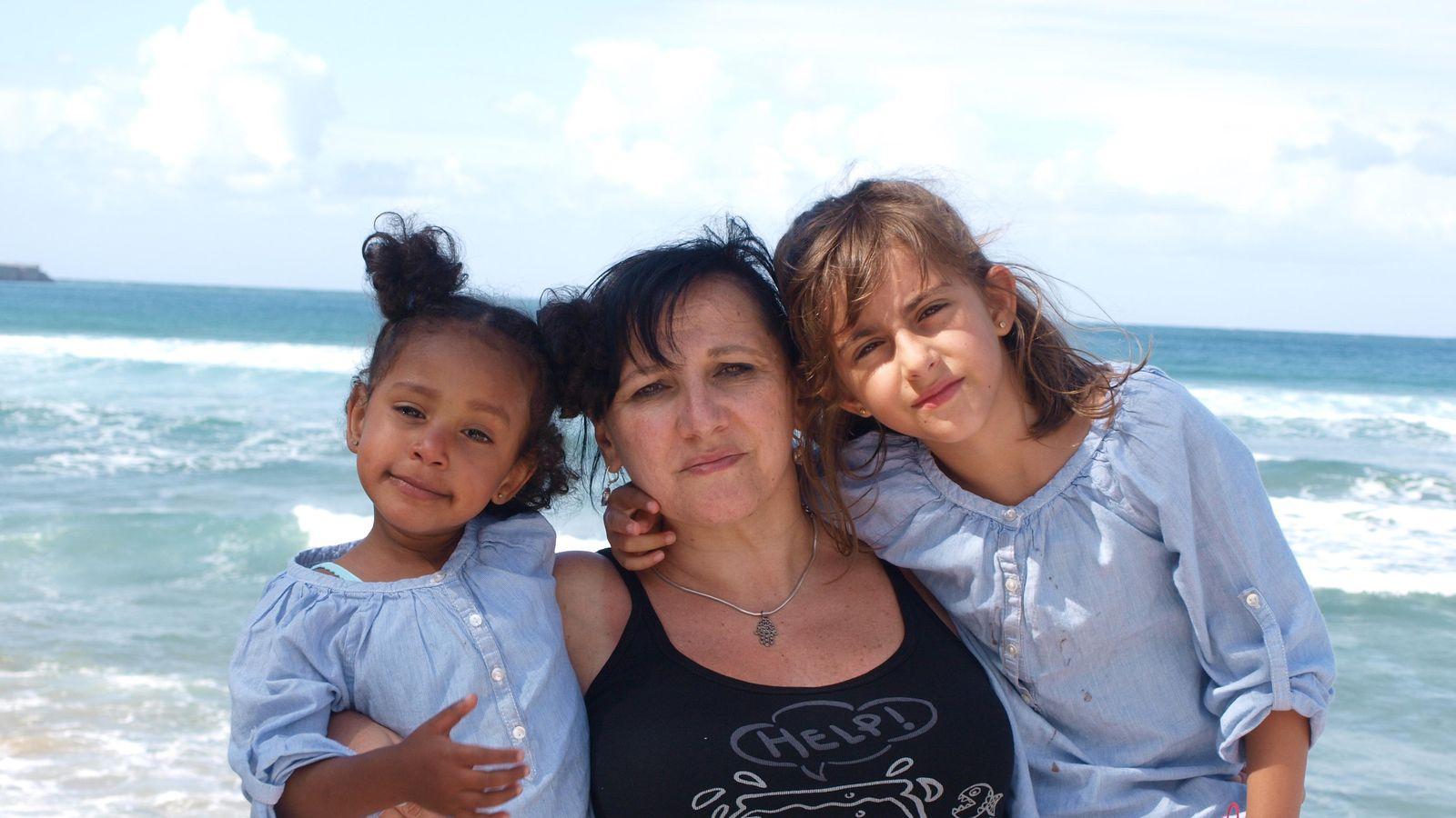 Las familias monoparentales exigen una ley integral y