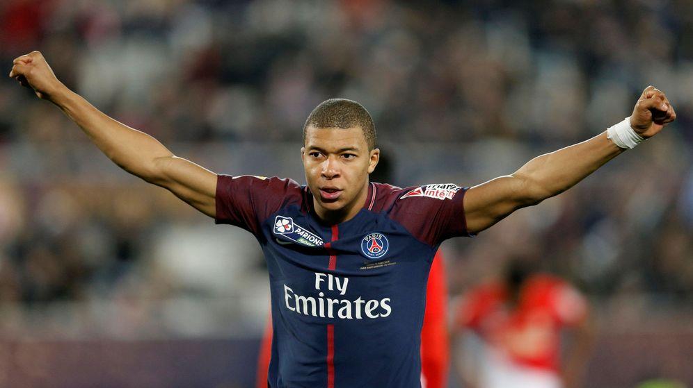 Foto: Mabppé llegó cedido al PSG por el Mónaco el verano pasado. El equipo parisino tiene una opción de compra para su fichaje de 180 millones. (Reuters)