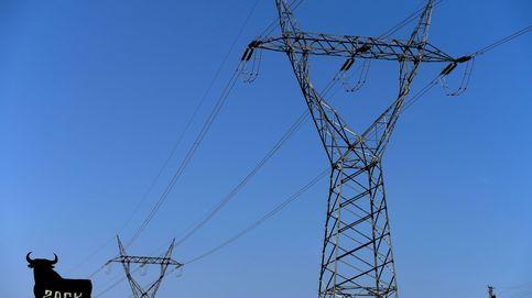 El precio de luz vuelve a batir un récord este lunes alcanzando los 124,45 euros/MWh