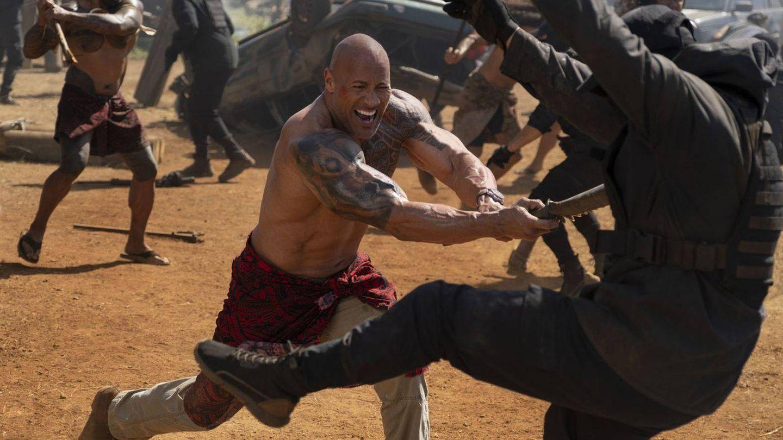 La película se traslada a Samoa, tierra natal de Hobbs. (Universal)