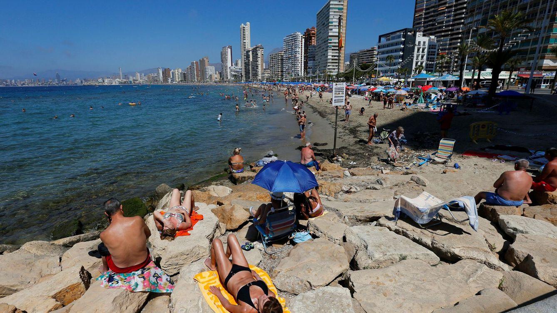 El repunte de contagios pone en duda la llegada de turistas que prevé el Gobierno