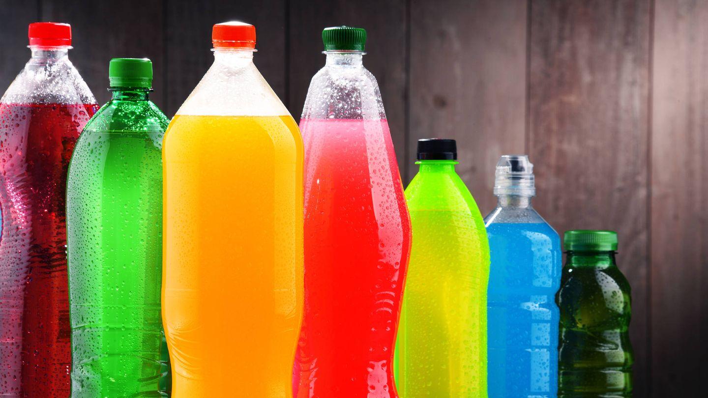 Las bebidas azucaradas, un enorme riesgo. (iStock)